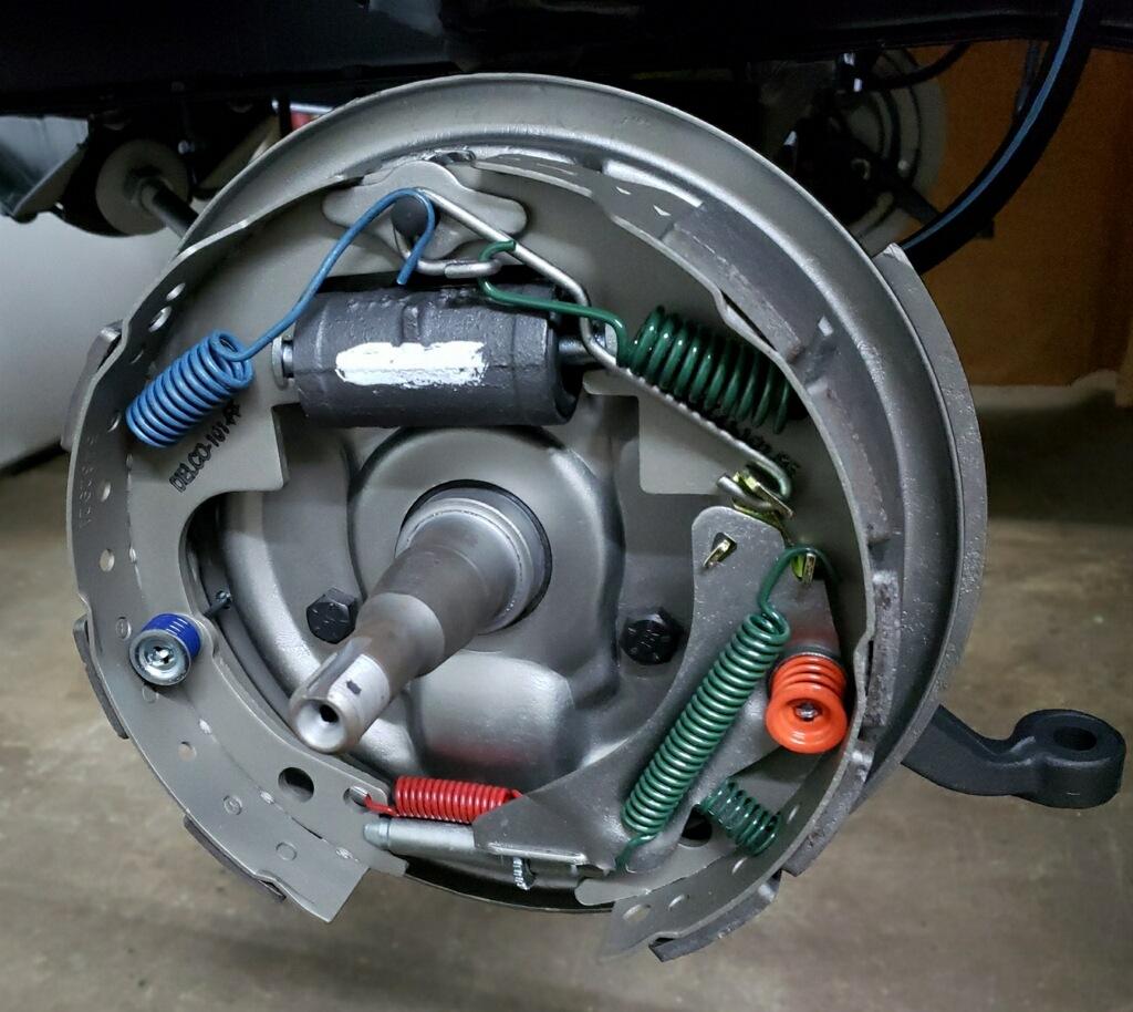 Name:  Metallic Brakes 2.jpg Views: 468 Size:  242.0 KB